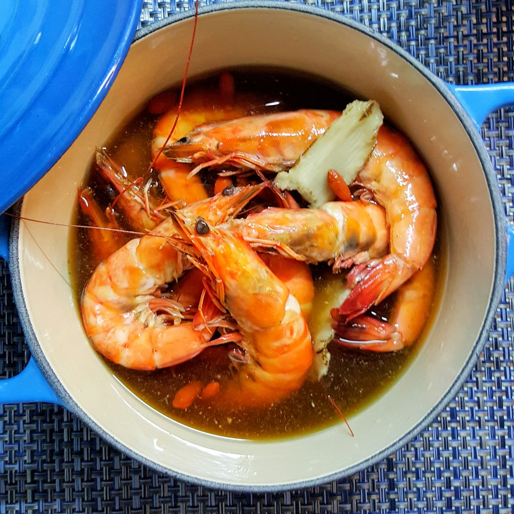 Marinated Herbal Drunken Prawns