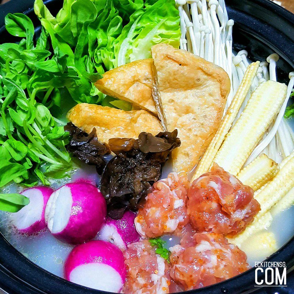 Bijin Nabe (美人锅)- Collagen-rich Chicken Hot Pot