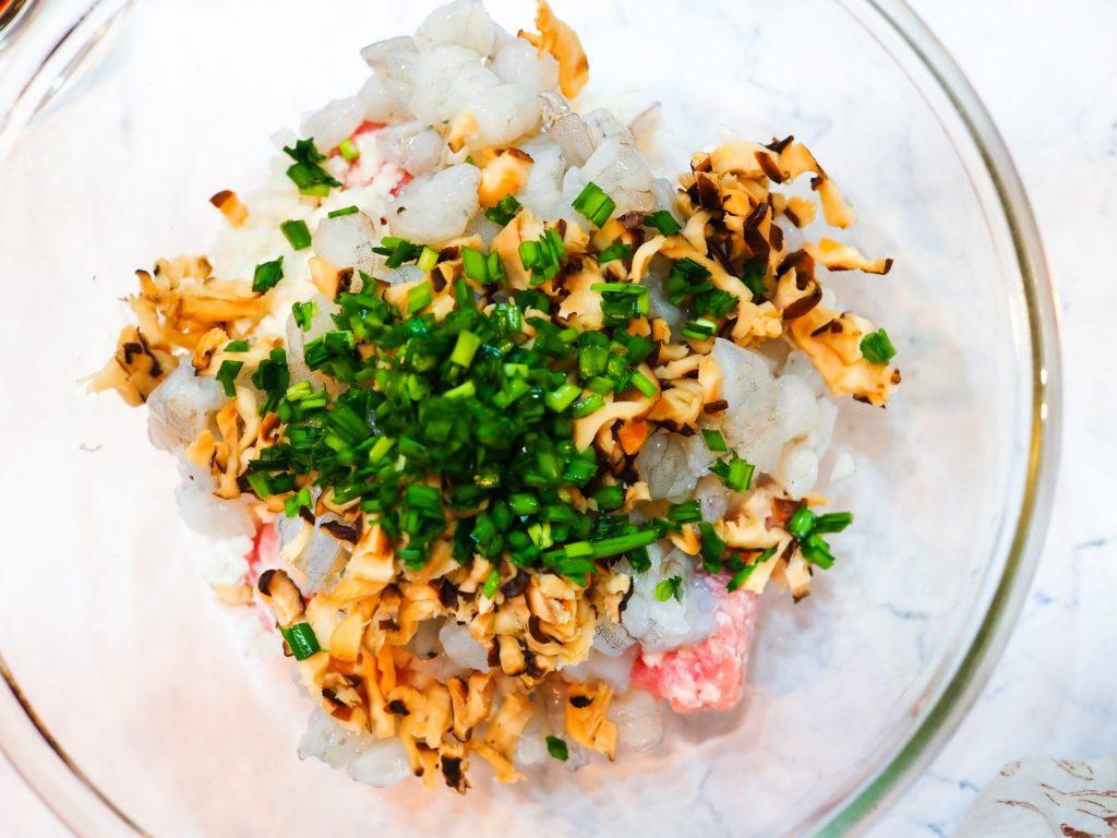 Crunchy Meaty Soup Dumpling (Shui Jiao) 水饺